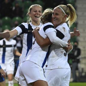 Finland firar mål i VM-kvalet.