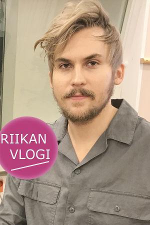 Toimittaja Riikka Holopainen ja säveltäjä Sebastian Hilli.