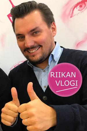 Toimittaja Riikka Holopainen ja kapellimestari Martin Segerstråle
