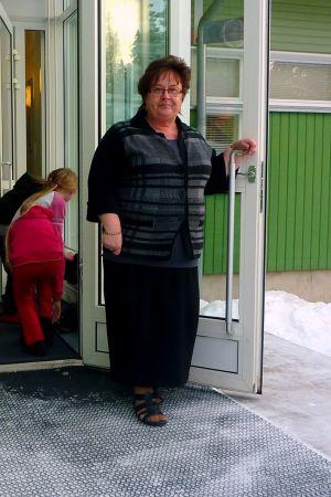 Anne-Marie Viinamäki är rektor för skolan i Merikart