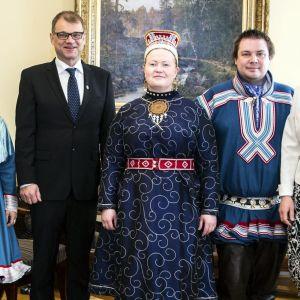Statsminister Juha Sipilä träffade representanter för sametinget i Helsingfors 5.5.2017.