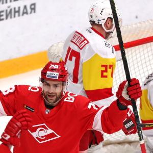 Jokerit deppar efter insläppt mål mot Spartak Moskva.
