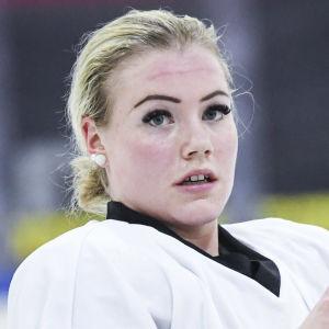 Ronja Savolainen i landslaget.