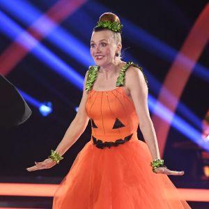 Virpi Sarasvuo och Sami Helenius dansar i direktsändning i tv-programmet Tansii tähtien kanssa (Dansar med stjärnor) på MTV3 den 25 oktober 2020.