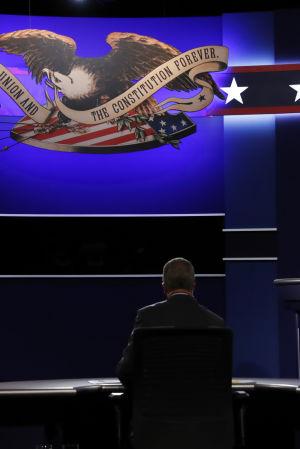 Hillary Clinton och Donald Trump debatterar under första valdebatten i USA.