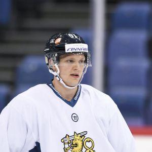 Kristian Näkyvä i landslagströjan under en träning.