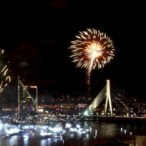 Fyrverkeri i Riga under 100-årsdagen