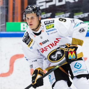 Jesse Puljujärvi i farten.