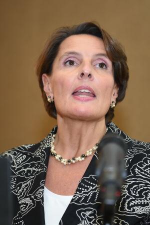 Anne Berner (C)