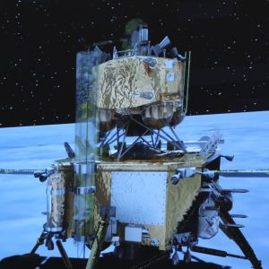 Chang'e-5 -avaruusalus on laskeutunut kuuhun. Kuvakaappaus animaatiosta