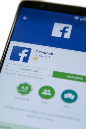 Facebook på mobilen.