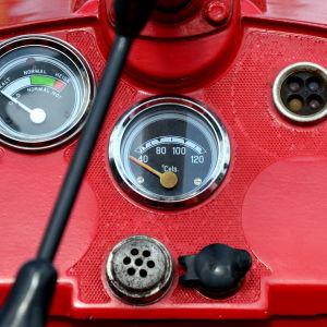 Instrumentpanelen på en traktor