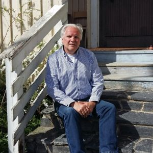Tore Lund är enhetschef på 30-års jubilerande Pixnekliniken i Malax.
