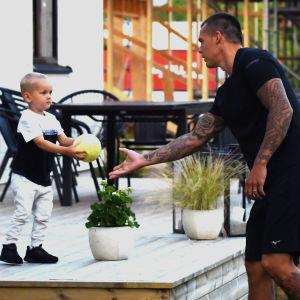 Nico Rönnberg och sonen Dominic.