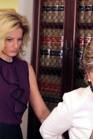 Summer Zervos, tidigare deltagare i Donald Trumps tv-program The Apprentice, anklagade honom för sexuellt antastande den 14 oktober 2016.