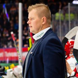 Ari-Pekka Pajuluoma lotsar Sport.