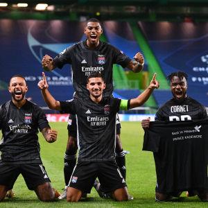 Olympique Lyon är klart för semifinal i Champions League.