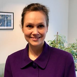 Analytikern Annika Hedberg fotograferad på sitt kontor i Bryssel.