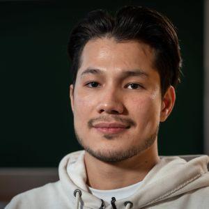 Ahmad-Shah Ahmadi kom till Finland från Afghanistan utan sina föräldrar när han var 15 år gammal.