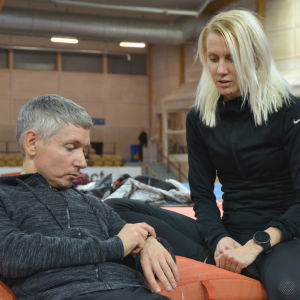 Sandra Eriksson ja valmentaja Oscar Gidewall.