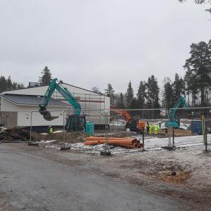 Byggarbete vid Kosken koulu i Imatra.