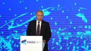 Rysslands president Vladimir Putin talar på Valdajklubbens möte den 3 oktober 2019.