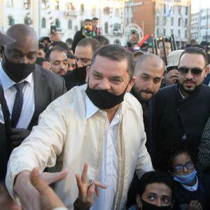 Libyens tillförordnade premiärminister Abdul Hamid Dbeibah hälsade på invånare i Tripoli på tioårsdagen av det folkliga upproret mot diktatorn Muammar Ghadafi.