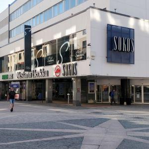 Jyväskylän Sokoksen tavaratalorakennus Jyväskylän keskustassa.