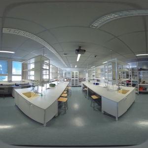 En 360-graders bild på ett laboratorium vid Östra Finlands universitet