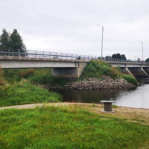 Liakanjoen silta.