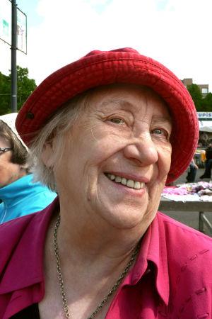 Runoilija, lastenkirjailija Kirsi Kunnas