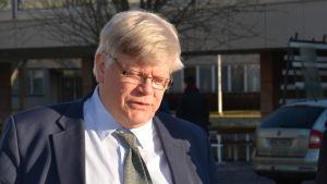Åbo universitets rektor Kalervo Väänänen och Skärgårdskompaniets vd Herrick Ramberg.