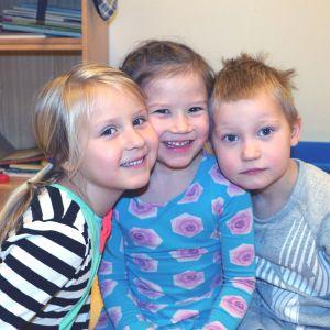 Tre dagisbarn.
