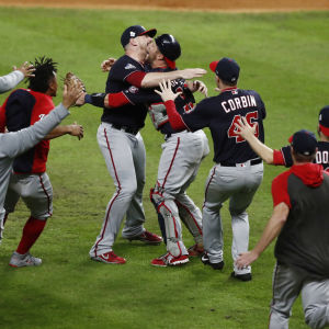 Washington Nationals firar MLB-mästerskap.