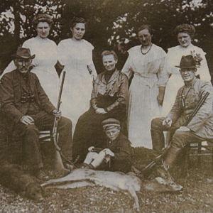 Familjen Gloy som drev restaurangen Gaststätte Waidmannsruh vid Lockstedter Lager