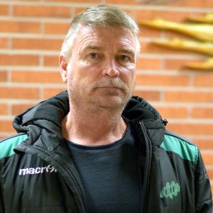 Porträttbild på Björn Olander.