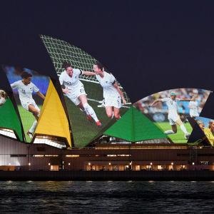 Sydney är en stark kandidat till att få arrangera VM-finalen. I samband med ansökningsprocessen utnyttjades det kända operahuset i marknadsföringssyfte.