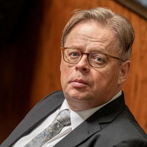 Riksdagsledamot Juhana Vartiainen, Samlingspartiet.