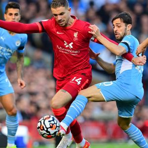 Närkamp i matchen mellan Liverpool och Man City.
