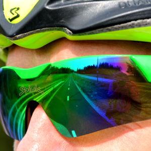 cyklist med körglasögon.