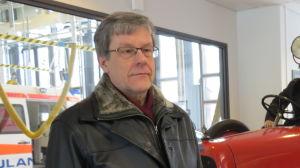 Staden Jakobstads fastighetschef Rune Hagström vid brandstationen