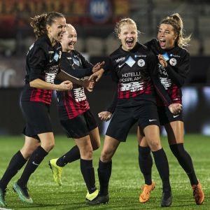 PK-35 Vantaa slog HJK i oktober och vann det finska mästerskapet.
