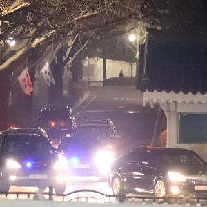Sydkoreas avsatta president Park Geun-Hye lämnade presidentpalatset för sista gången på sönda kväll. Hon riskerar mutåtal sedan hon förlorade sin åtalsimmunitet