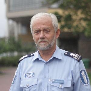 polis Kenneth Ramström