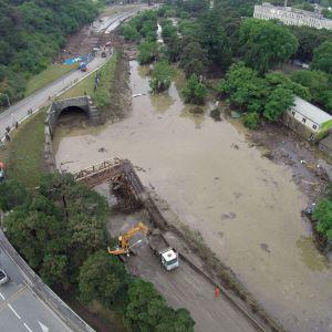 Floden Vere svämmade över på grund av rikliga regn.