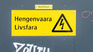 Sähkömuuntajakoppi.