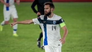 Tim Sparv under landskamp mot Bosnien-Hercegovina 2021.