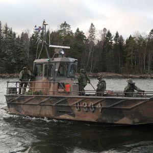 Marinens landstigningsbåt i U300-serien.