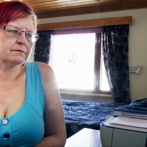 Anitta Piiroinen kotonaan Joensuussa