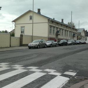 Korsningen Sirkkalagatan Hemgatan i Åbo, vid Sirkkala skola
